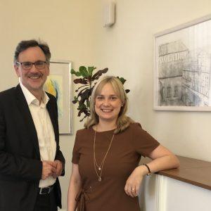 Bürgermeister Thomas Priemer und Bundestagsabgeordnete Marja-Liisa Völlers